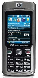 A HP Ipaq 514 Voice Messenger képe, kijelzőjén a Mobil windows-sal